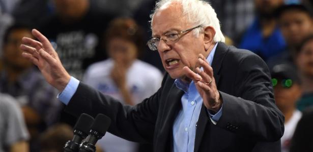 O senador Bernie Sanders foi o principal rival da candidata Hillary Clinton nas prévias do Partido Democrata dos Estados Unidos - Robyn Beck/AFP