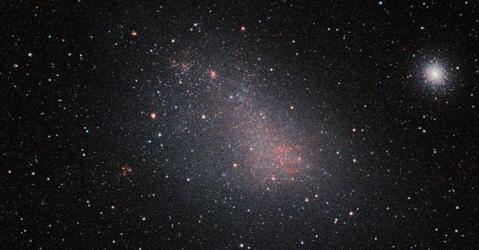 3.mai.2017 - Pequena Nuvem de Magalhães em imagem infravermelha feita pelo telescópio VISTA