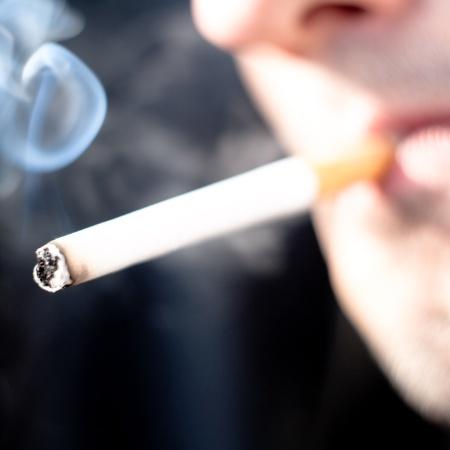 Um fumante ao longo da vida tem 50% de probabilidade de morrer por causa do cigarro  - Getty Images/iStockphoto