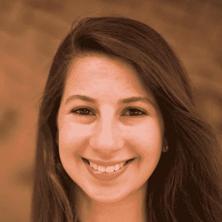 Katie Bouman trabalha há três anos em algoritmo que ajudou na construção da imagem - Reprodução/Twitter/MIT