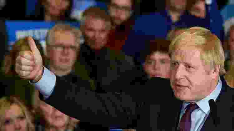 Boris Johnson escreveu que mulheres de burca lembram assaltantes de banco e caixas de correio - AFP