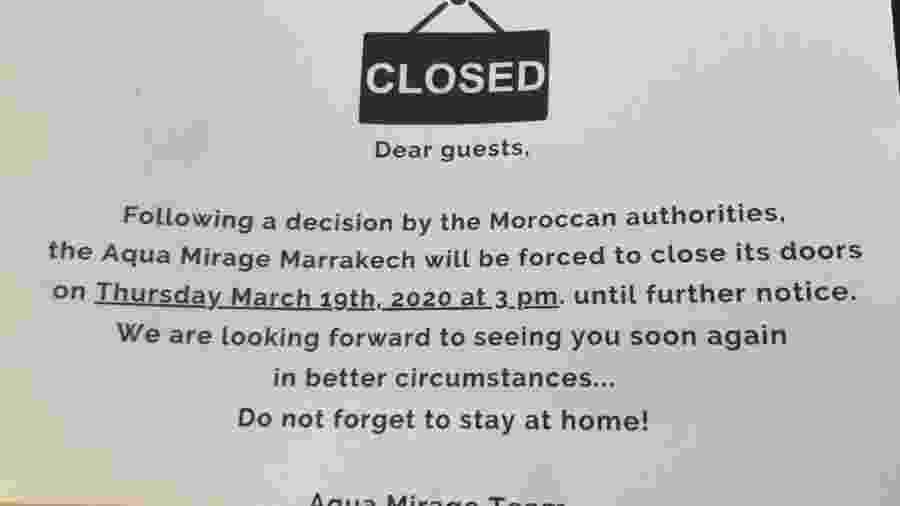 Aviso afixado em porta de quarto de hotel no Marrocos - Divulgação