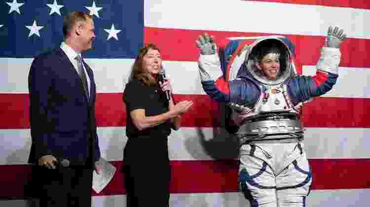 Protótipo do novo traje espacial que será usado pelos astronautas da missão  - Nasa - Nasa