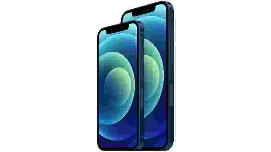 iPhone 12 mini (à esquerda) e iPhone 12 - Divulgação/Apple