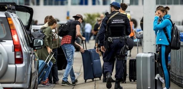 Segurança no Aeroporto Internacional de Schiphol, na Holanda, é reforçada