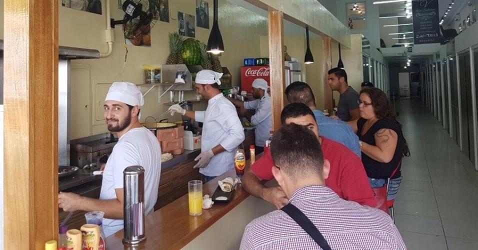 Resultado de imagem para FOTOS DO Conheça o restaurante de refugiado sírio em São Paulo