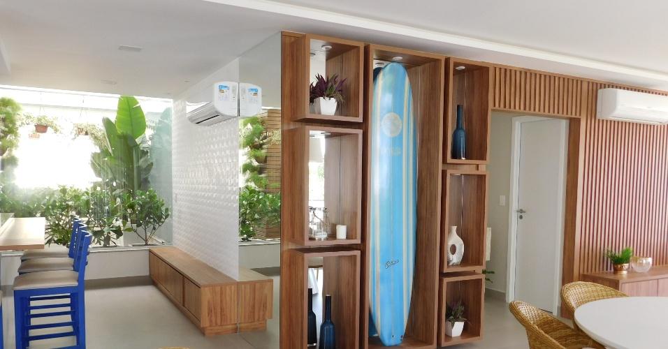 O prédio da Kanaloa tem toda a decoração no tema surfe