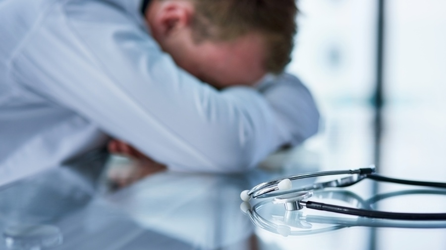 Erro médico - Getty Images/iStockphoto