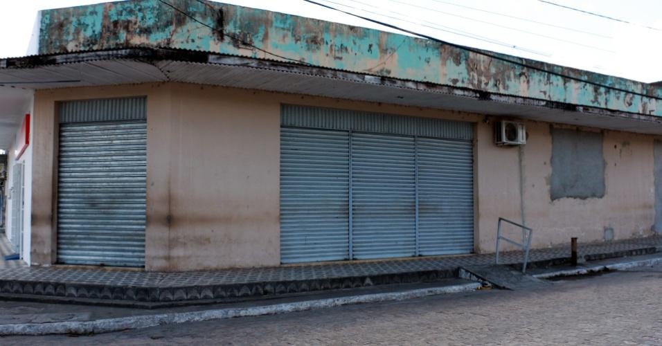 1º.dez.2017 - Escritório da Companhia Têxtil Rio Tinto, local onde os moradores vão pagar o aluguel das casas aos representantes da família Lundgren
