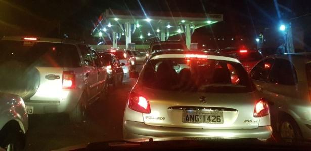 Falta de combustível e preço alto geram fila em posto até no Paraguai - Luiz Carlos Fernandes