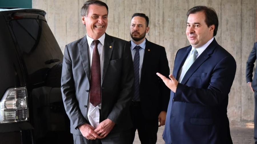 Saída do café da manhã entre o presidente Jair Bolsonaro (PSL) e o presidente da Câmara dos Deputados, Rodrigo Maia (DEM) - Rafael Carvalho/Governo de Transição