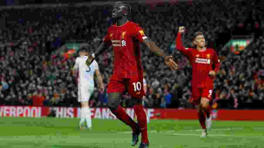 Sadio Mané comemora gol marcado pelo Liverpool contra o Sheffield United pelo Campeonato Inglês -