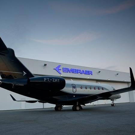 A Embraer fabrica jatos comerciais e para uso privado e tem sede em São José dos Campos (SP)  - Embraer