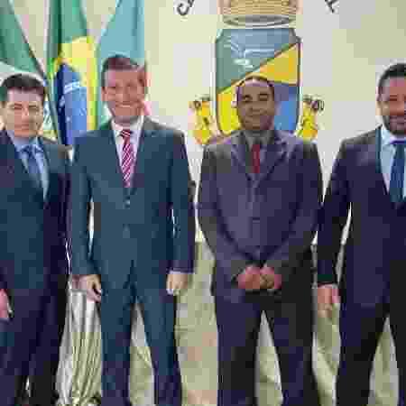 Três dos quatros vereadores da bancada do PP em Lavras do Sul se declararam brancos e apenas Juliano Confisco (segundo da direita para esquerda) como negro - Divulgação - Divulgação