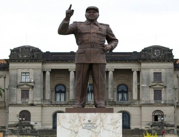 Um dos primeiros trabalhos do estúdio foi a estátua do líder da independência de Moçambique, Samora Machel