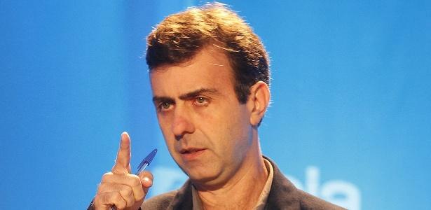O candidato à Prefeitura do Rio de Janeiro Marcelo Freixo (PSOL) participa de debate