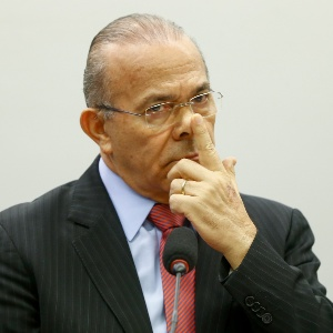 O ministro-chefe da Casa Civil, Eliseu Padilha, acusado de receber da Odebrecht quatro senhas para pagamento de caixa 2