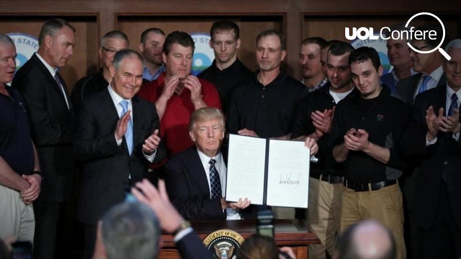Trump, assina decreto em cerimônia na EPA (Agência de Proteção Ambiental americana)  - Carlos Barria/Reuters