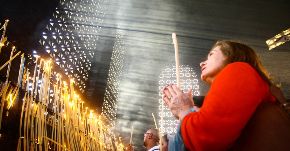 12.out.2017 - Aparecida é padroeira de um país cada vez menos devoto a santos