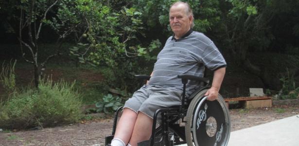 O jornalista Dirceu Pio, que sofreu um AVC que paralisou o lado direito de seu corpo