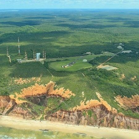 Localização de Alcântara, próxima à linha do Equador, permite economia de 30% no combustível usado para lançar foguetes - MINISTÉRIO DA DEFESA