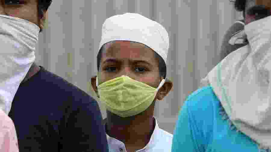 Mais de 96 mil pessoas foram diagnosticadas com coronavírus na Índia em 24 horas - EFE/EPA/JAGADEESH NV