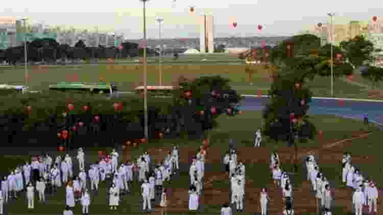 Homenagem em Brasília a vítimas da covid-19; mais de 31 mil pessoas já morreram no país - ANDRESSA ANHOLETE/GETTY IMAGES - ANDRESSA ANHOLETE/GETTY IMAGES