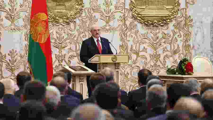 23.set.2020 - Alexander Lukashenko toma posse em seu 6º mandato em uma cerimônia sigilosa em Belarus - Maxim Guchek/BELTA/AFP