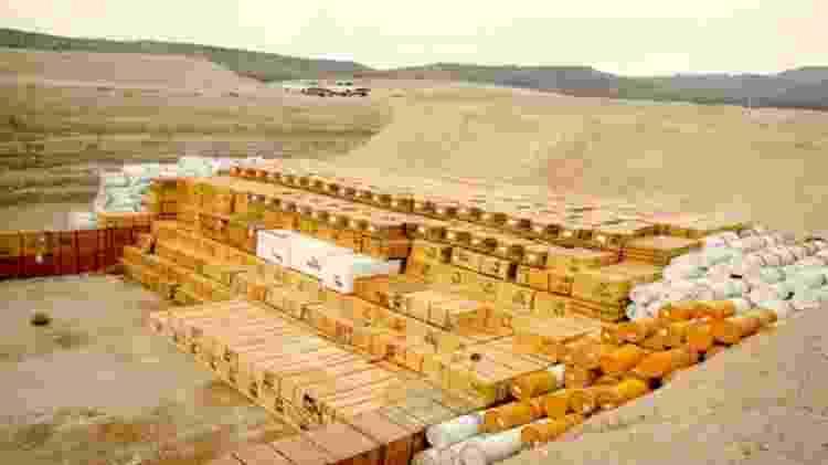 Rejeitos de baixa atividade enterrados no deserto de Nevada, nos Estados Unidos - Wikimedia Commons - Wikimedia Commons
