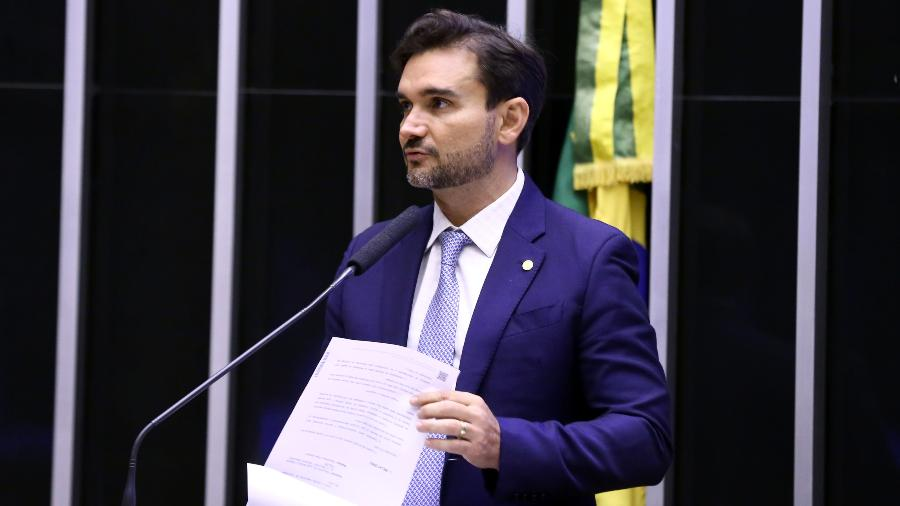 Celso Sabino avalia isentar empresas inscritas no Simples Nacional da tributação de lucros e dividendos - Najara Araújo/Câmara dos Deputados