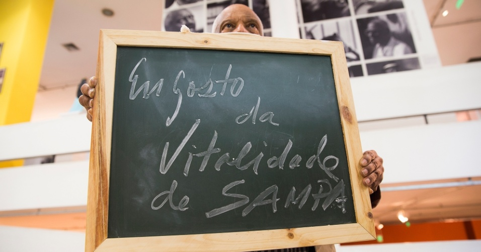 """""""Eu gosto da vitalidade de São Paulo. É uma metrópole com efervescência cultural, uma dinâmica cultural de atividades múltiplas. A cidade não só faz, mas recebe o apoio do grande público. São Paulo é uma cidade vital!""""."""