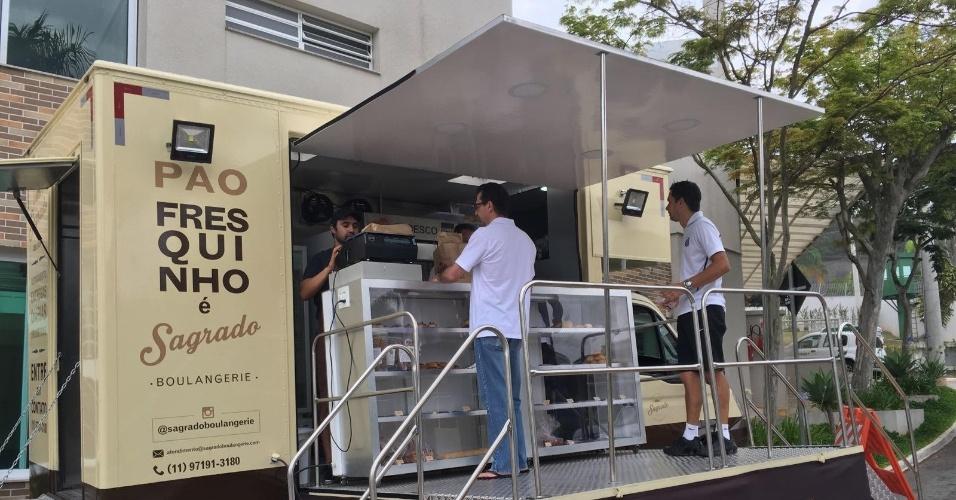 Padaria móvel da Sagrado Boulangerie, que atende a região de Alphaville, em São Paulo