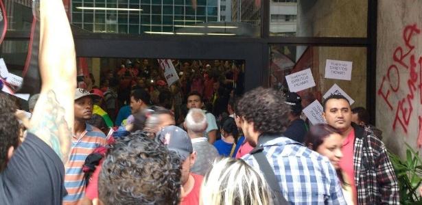 MTST ocupa escritório da Presidência da República na avenida Paulista, em São Paulo