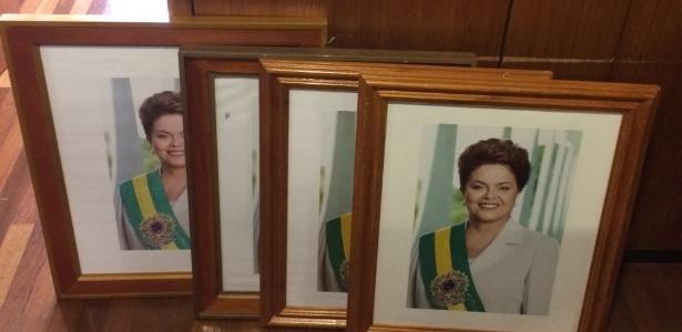 Menos de 2h após impeachment, quadros de Dilma são retirados do Planalto - Gustavo Uribe/Folhapress