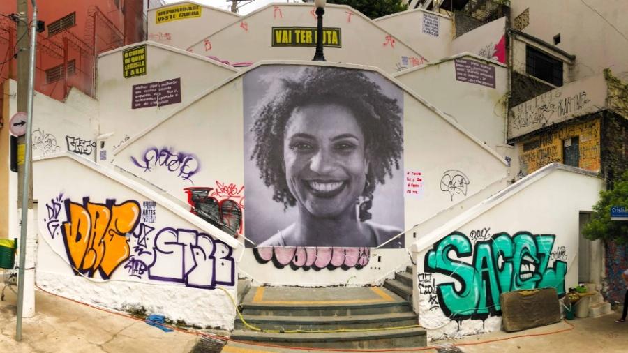 Foto da vereadora Marielle Franco foi colada em escadaria do bairro de Pinheiros, em São Paulo - Marcelo D. Sants/FramePhoto/Estadão Conteúdo
