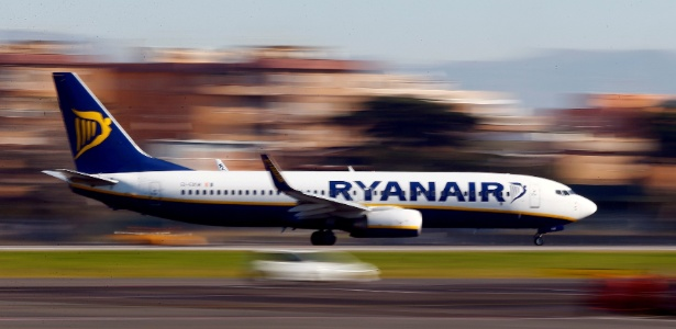 Segundo autoridades, homem correu gritando para o piloto parar o avião - Tony Gentile/Reuters