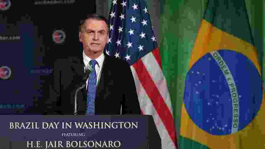 """""""Na questão econômica, obviamente. Não sou homofóbico, não"""", disse Bolsonaro se referindo a Paulo Guedes - Mandel Ngan/AFB"""