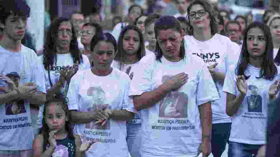 Familiares das vítimas se reúnem em ato ecumênico em Paraisópolis, uma semana depois do massacre no Baile da DZ7 - 7.dez.2019 - Marlene Bergamo/ Folhapress