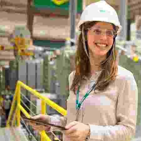 Funcionária Siemens - Divulgação/Siemens - Divulgação/Siemens