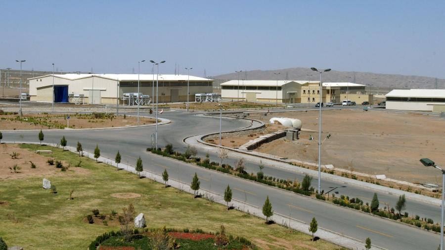 Instalação de enriquecimento de urânio de Natanz fica a 250 km sul de Teerã, capital do Irã (foto de arquivo, março/2005) - Raheb Homavandi/REUTERS