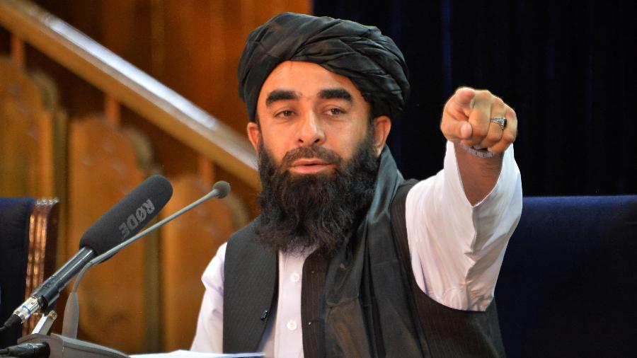 O Talibã irá reabrir as escolas mas não permitirá a presença de meninas nas salas de aulas - Hoshang Hashimi/AFP