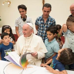 Na semana passada, o papa Francisco almoçou com refugiados sírios no Vaticano