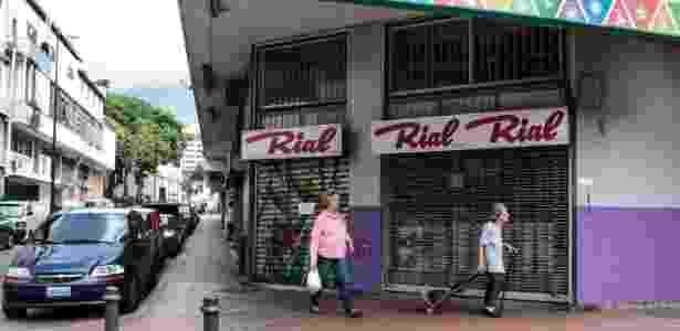 28.out.2016 - Lojas ficam fechadas durante greve convocada pela oposição, em Caracas, na Venezuela - Boris Vergara/Xinhua - Boris Vergara/Xinhua