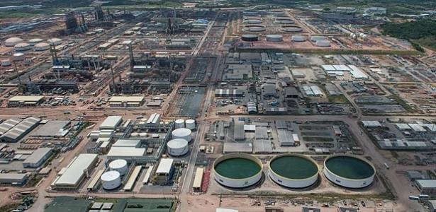 Os dois contratos da refinaria assinados em 2009 somaram R$ 4,6 bilhõe