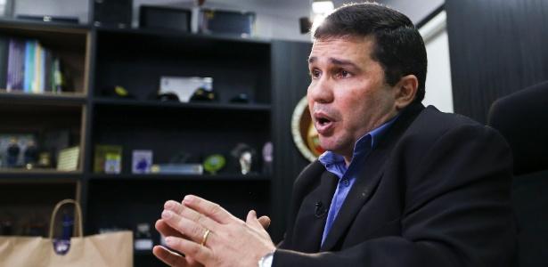 """""""Perdemos alguma força tomando conta dos presídios, e isso tomou muito do nosso efetivo policial"""", diz o secretário de Segurança Pública do Amazonas, Sérgio Fontes"""