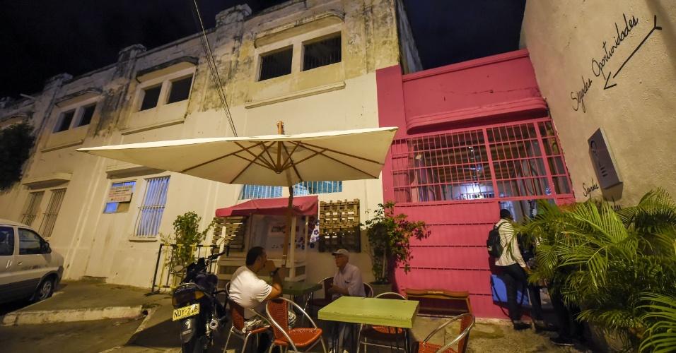 """Entrada do restaurante """"gourmet"""" Interno, na prisão de San Diego, em Cartagena (Colômbia)"""