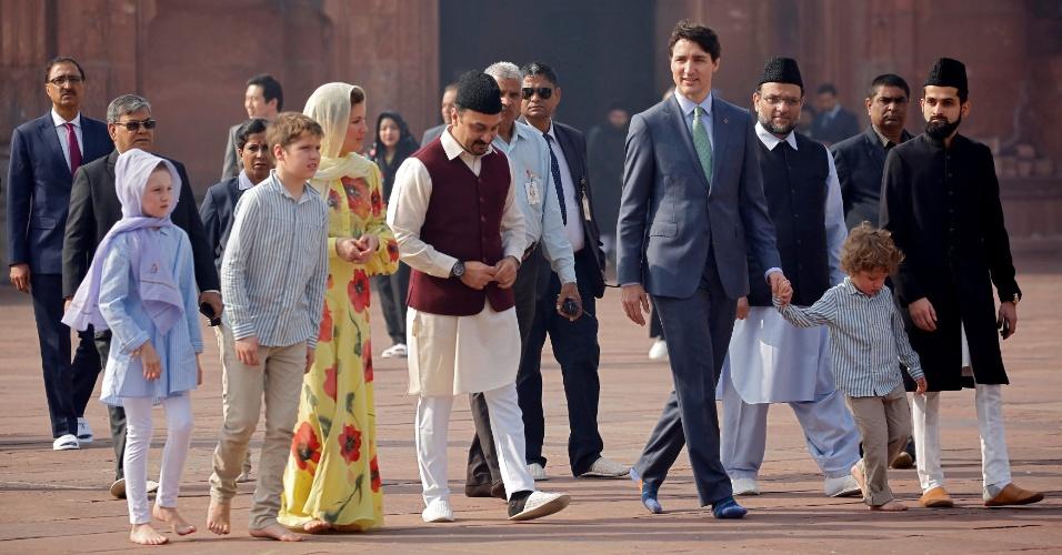 Trudeau e sua família na mesquita Jama Masjid