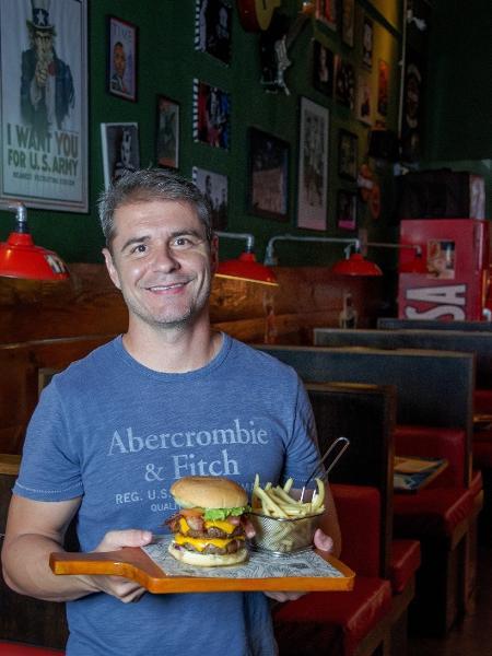 O empresário Marcos Nunes é dono da hamburgueria Let´s Eat - Paulo Roger/Bistrô/Divulgação