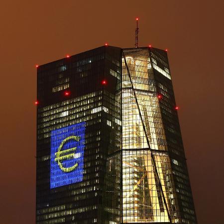 Sede do Banco Central Europeu (BCE) em Frankfurt: exigências de fundos próprios dos bancos foram flexibilizadas - Kai Pfaffenbach