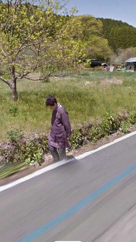 Mulher encontrou avó em foto do Google Earth e se emocionou - Reprodução/Google Earth - Reprodução/Google Earth